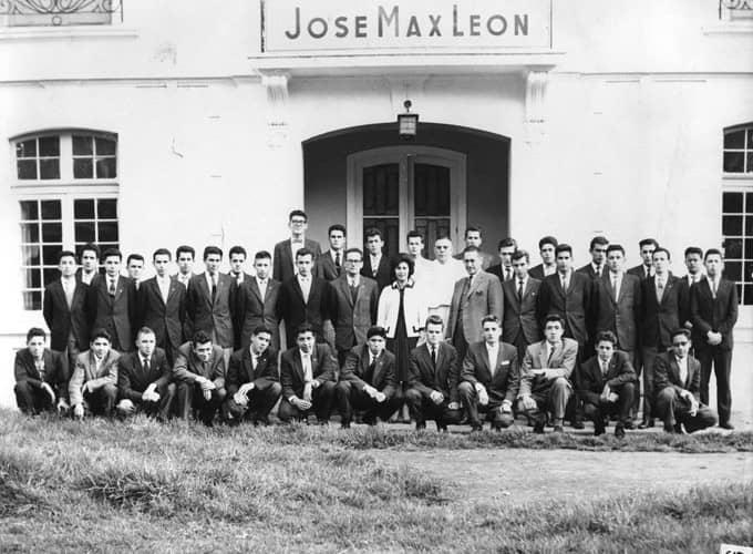 colegio-jose-max-leon-bachilleres-680x500